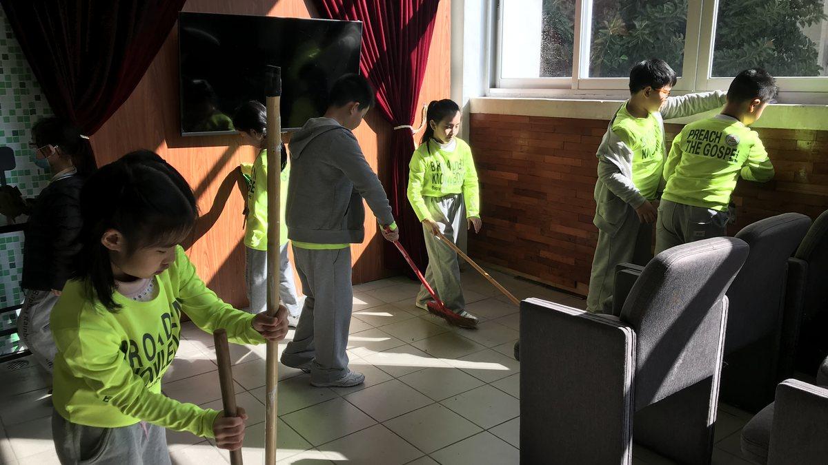 校園大掃除