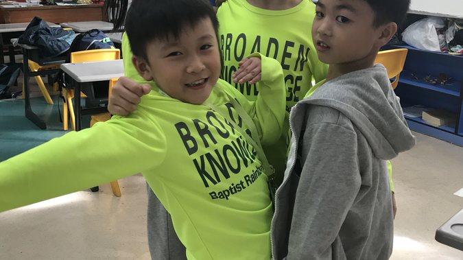 同學們透過今次活動,學習到在創作的路途中,大家各有所長,必需互相合作、幫助和扶持,一起同步進行。