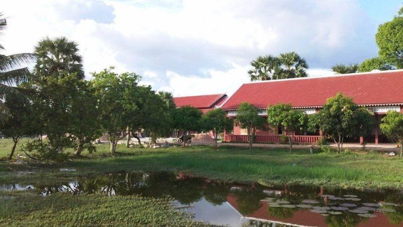 巴孔技術學院 Bakong Technical College